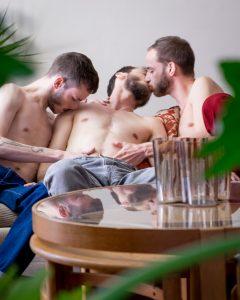 new film trivial by noel alejandro